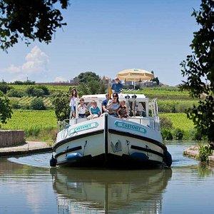 Bateau de location sur le Canal du Midi