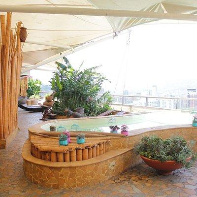 Visita nuestra sede en el Diez Hotel Categoría Colombia.