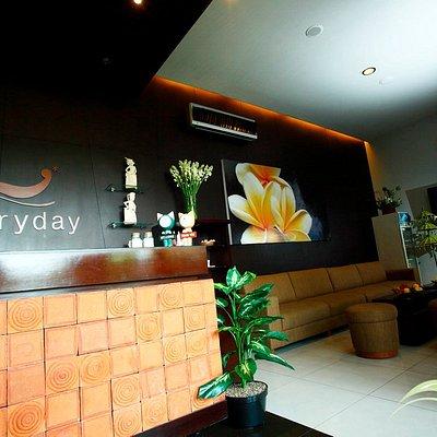 lobby  everyday spa Graha Manggala Siliwangi
