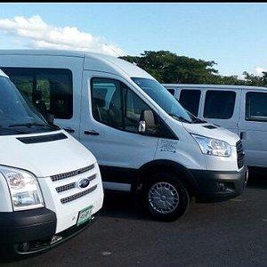vehículos cómodos y autorizados para su mayor seguridad y confianza