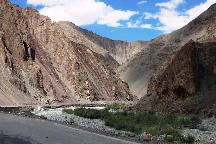 Leh–Manali Highway near Upshi