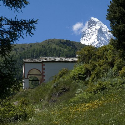 Chapel Blatten with the Matterhorn in the background - © Kurt Müller