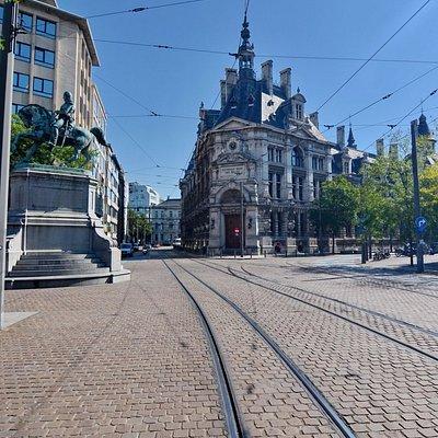 Здание национального банка Бельгии в Антверпене