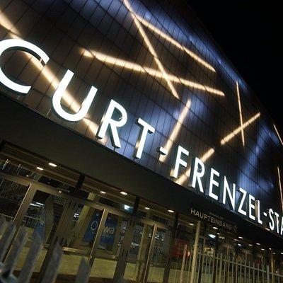 Der Haupteingang des Curt-Frenzel-Stadions