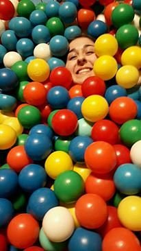 Me drowning in balls