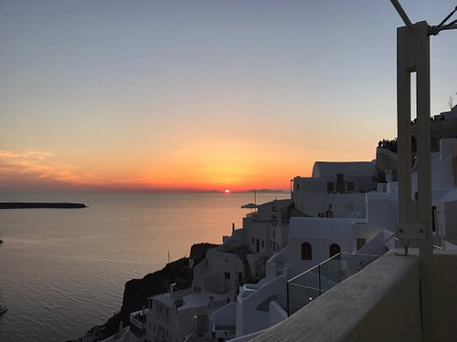 A great honeymoon massage and wine with sunset