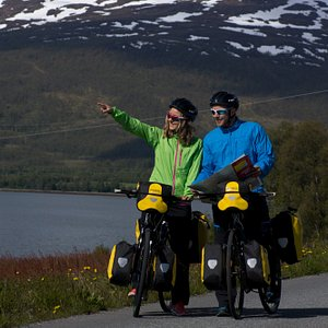 Cycling with Tromsø Outdoor