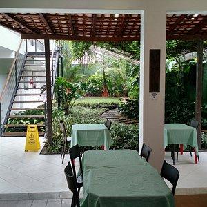 Área do café da manhã, servido de 7hs às 10hs.