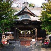 拝殿です。歴史と伝統が感じられます