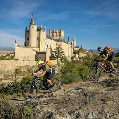 Ride from backcountry feeling to monumental Segovia
