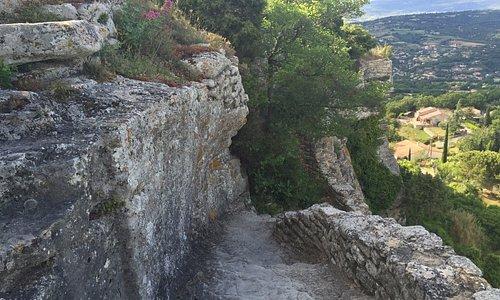 Bellevue Rock path