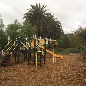 Bellair St Playground