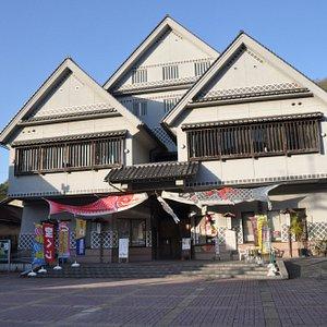 建物は切妻型ですが、鉄筋コンクリート製です