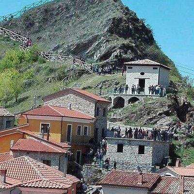Ruderi del Castello di Sasso di Castalda
