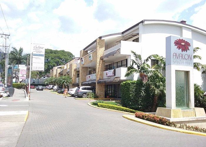 Commercial Area, Condominio Avalon Santa Ana