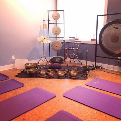 Group events & private practice -- sound immersion, gong bath -- relaxation & pain relief