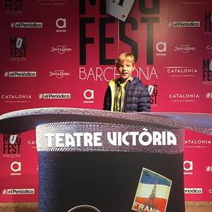 """Esta tarde en el espectaculo """"Mag Fest Barcelona"""".  Mas humor que magia..."""