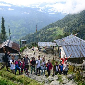 Group Picture while back from Ghandruk