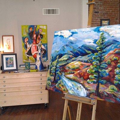 Gallery Showroom of colorful paintings