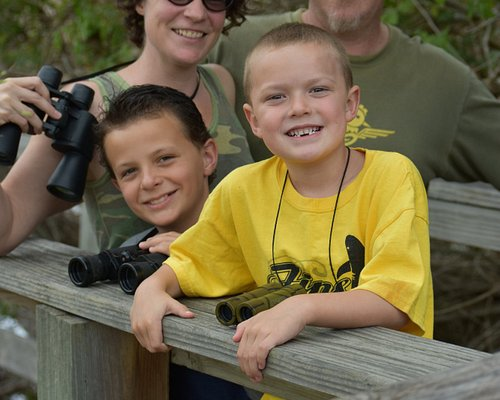 A great place for beginner birders. Take the family in the spring or fall to see colorful birds.