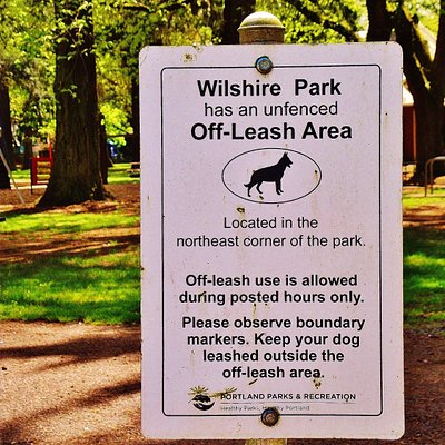 sign for off-leash area