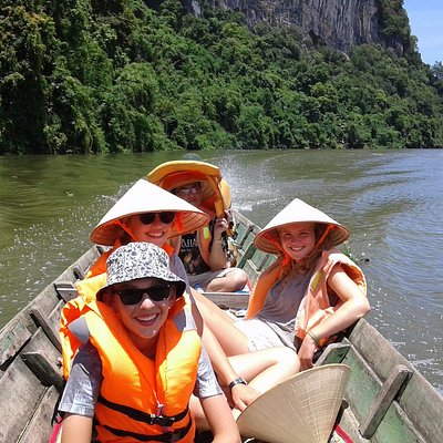 Boat trip on Giang River