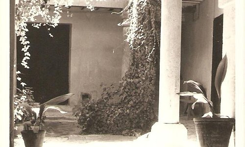 Interior de la Casa de la Cadena. Patio.
