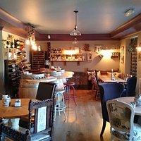 Niko's Wine Bar