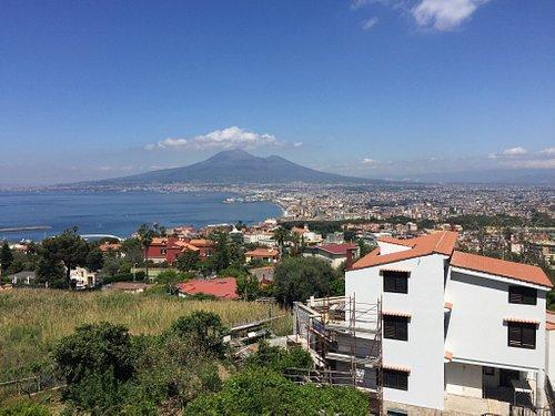 Uno tra i piu'bei panorami al mondo in un posto dove si respira storia in un angolo di natura fa