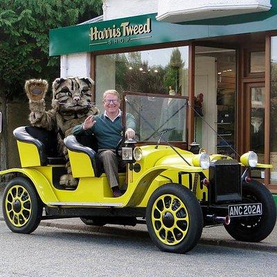 Harris Tweed Shop Newtonmore with Bessy, Nigel & Willie the Wildcat