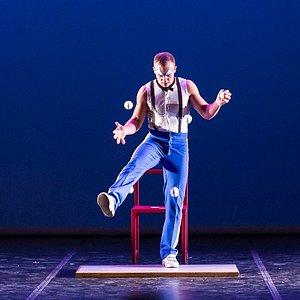 Jason Barnard Gravity Juggling