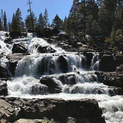 Lovely Glen Alpine Falls
