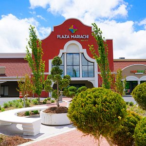 The front of the Plaza Mariachi Music City