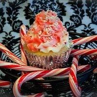 Gourmet Cupcake - Candy Cane