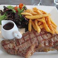 Faux-Filet Normand grillé (environ180g), sauce marchand de vin