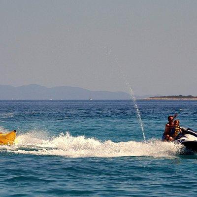Jet ski is pulling banana between Orebić and Korčula!