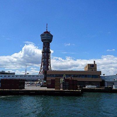 博多港のシンボル ちょっと古めかしいポートタワー