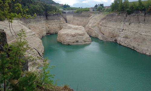 La diga e il lago di S. Giustina