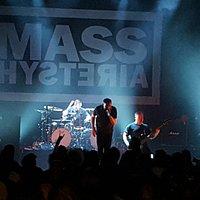 Mass Hystéria ... Mouss Invective !!!