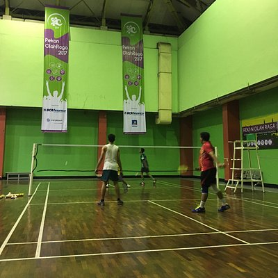 Badminton and volleyball courts