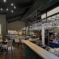 Bistro Barbizon interieur foto van het restaurant, ingericht door moeder bedrijf BOCX Interiors