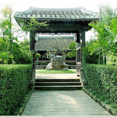 Entance of Vietnamese Ancient house Museum