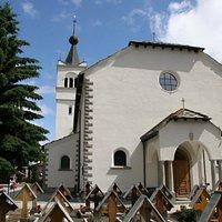 The church in Täsch - © Zermatt Tourismus