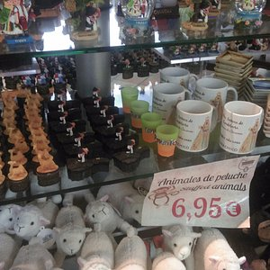 Tienda de Garachico, апрель 2017 года...