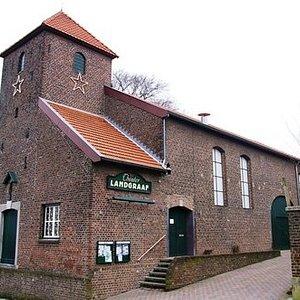 Theater Landgraaf is gevestigd in een 17e eeuws oud voormalig kerkje