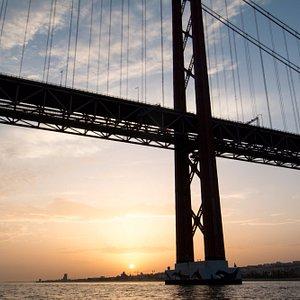 Pôr do Sol, Ponte 25 de Abril