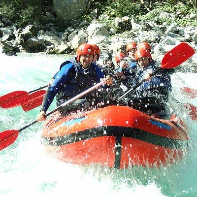 Rafting túra a Soca-folyón, Szlovéniában.