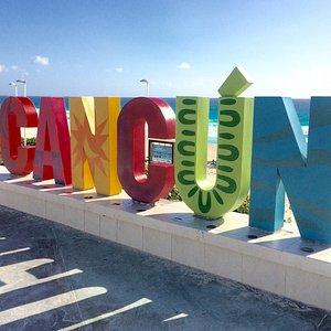 Playa Delfines Cancún, México.