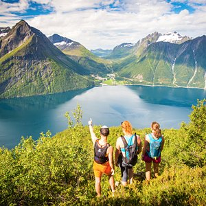 Hiking in Hjørundfjorden