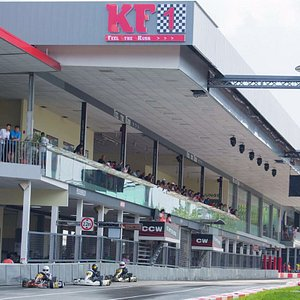 A world-class go karting circuit in Singapore near to Kranji Turf Club. A must go to 'drive up'